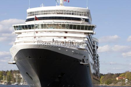 cruise ship queen elizabeth