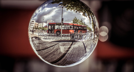 kiel in the bus