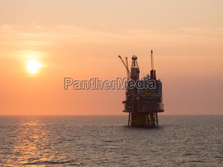 offshore platform sunrise