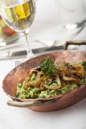 bayerische spinach spaetzle