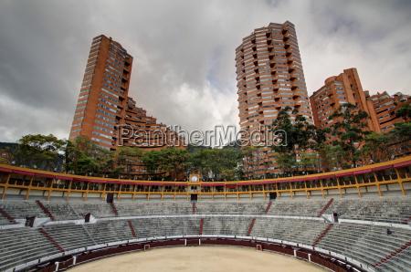 arena de toros with appartment skyscrapers