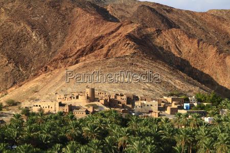 abandoned village birkat al mawz