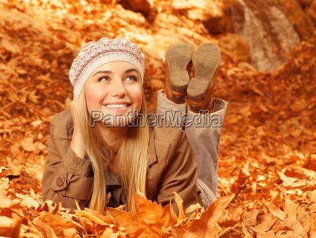fnise smiler jorden jordbund jord muld