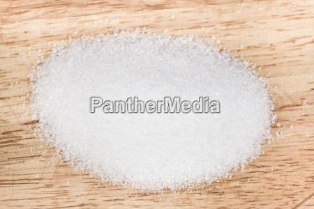 pinch of finely ground sea salt