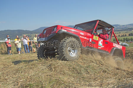 suv race at outdoors