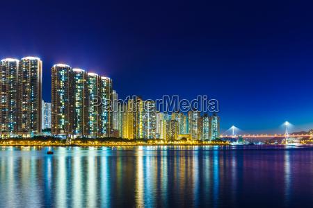 city in hong kong at night