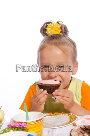 small girls and muffin