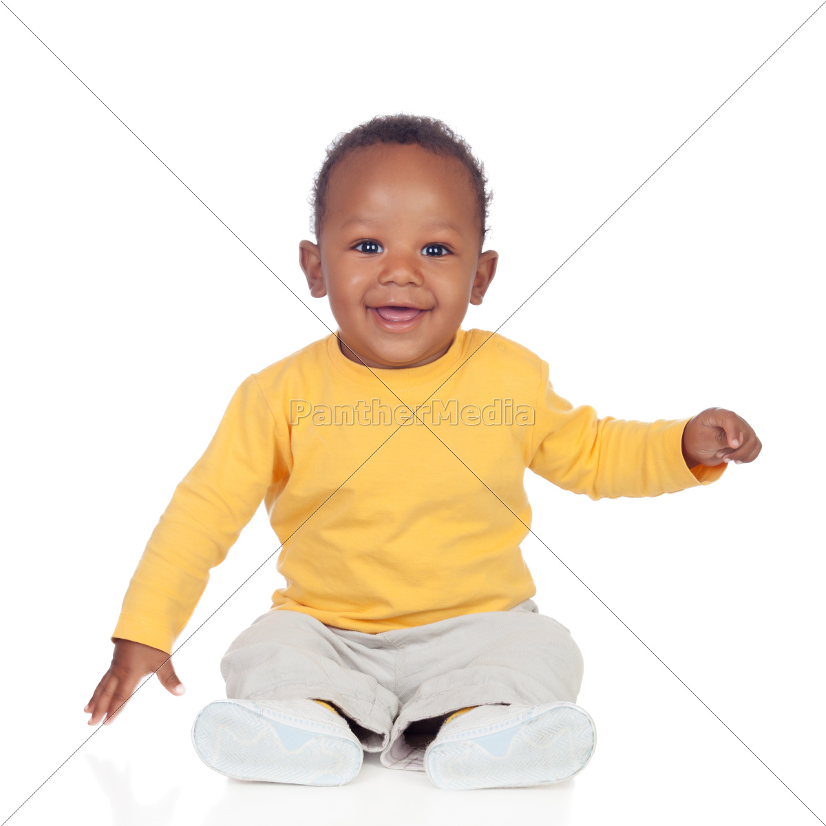 adorable, african, baby, sitting, on, the - 10042000