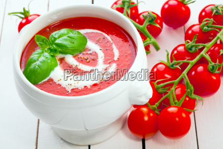 tomato, soup, with, fresh, grape, tomatoes - 10055060