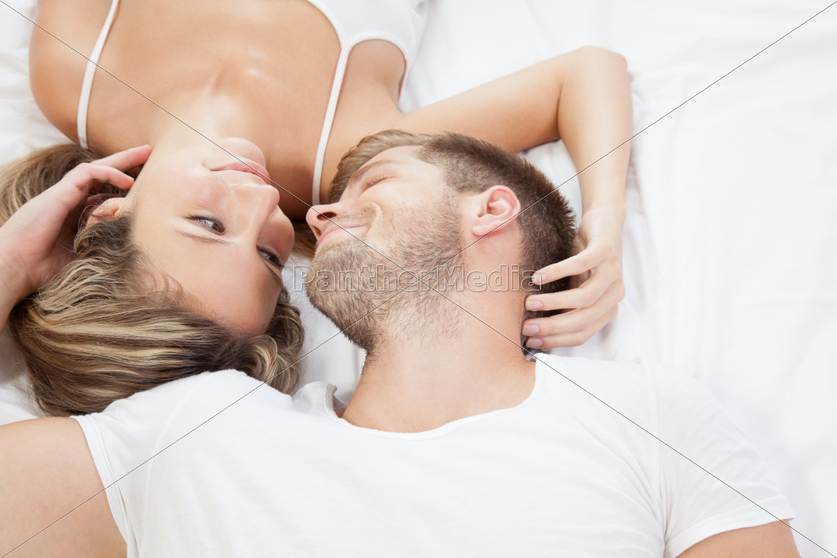 romantic, couple, in, bed - 10078332