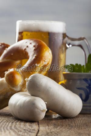 weisswurst bavarian bier und mit bretz
