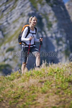 hiking - 10104621