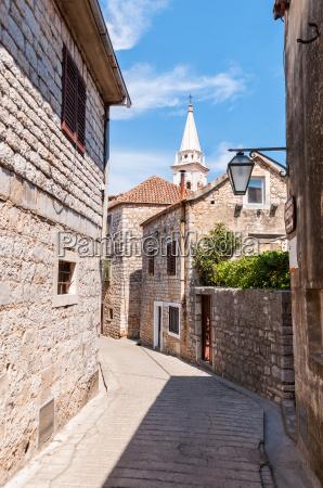 street in town of jelsa