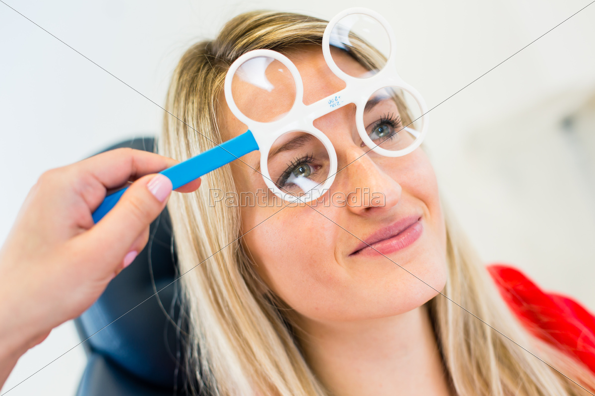 optometry, concept, -, pretty, young, woman - 10111685