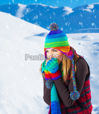 female, in, winter, mountains - 10135793