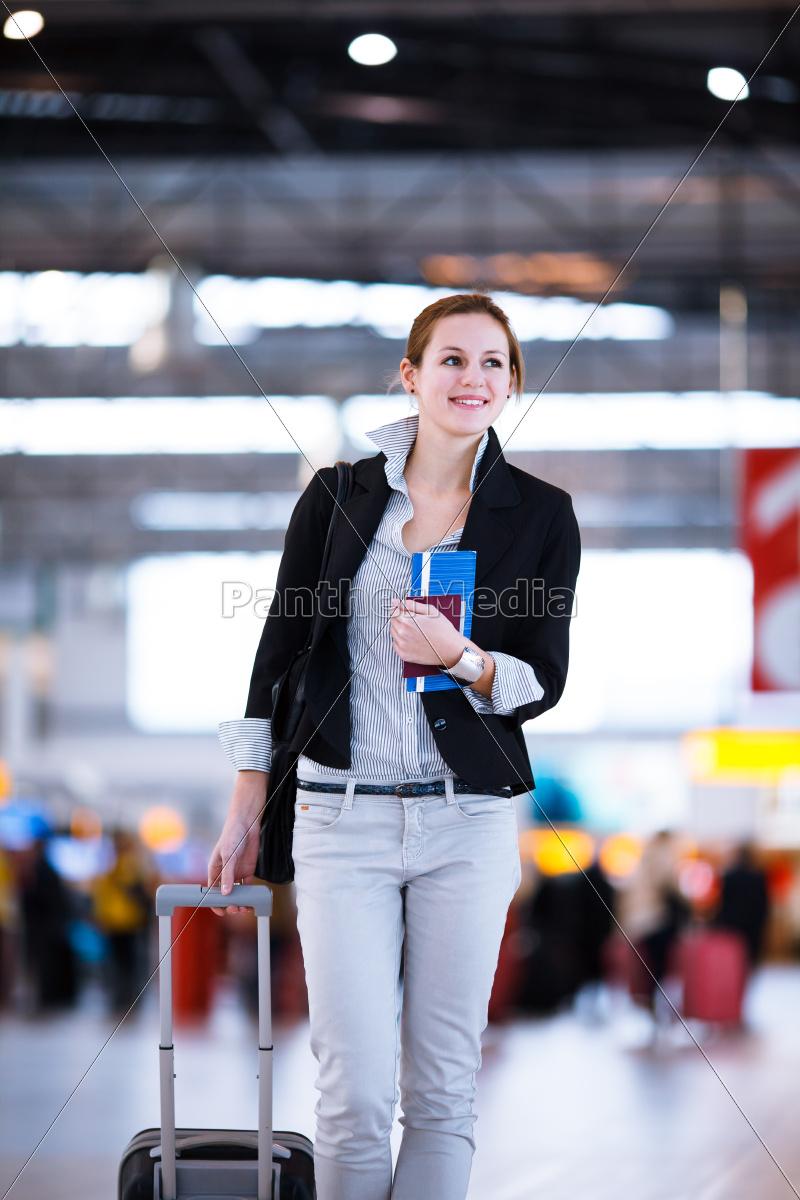 woman, wait, waiting, handbag, hall, corridor - 10147235