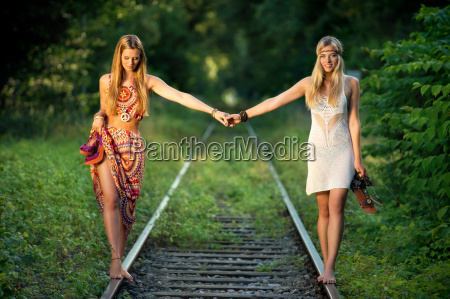 barefoot on rails