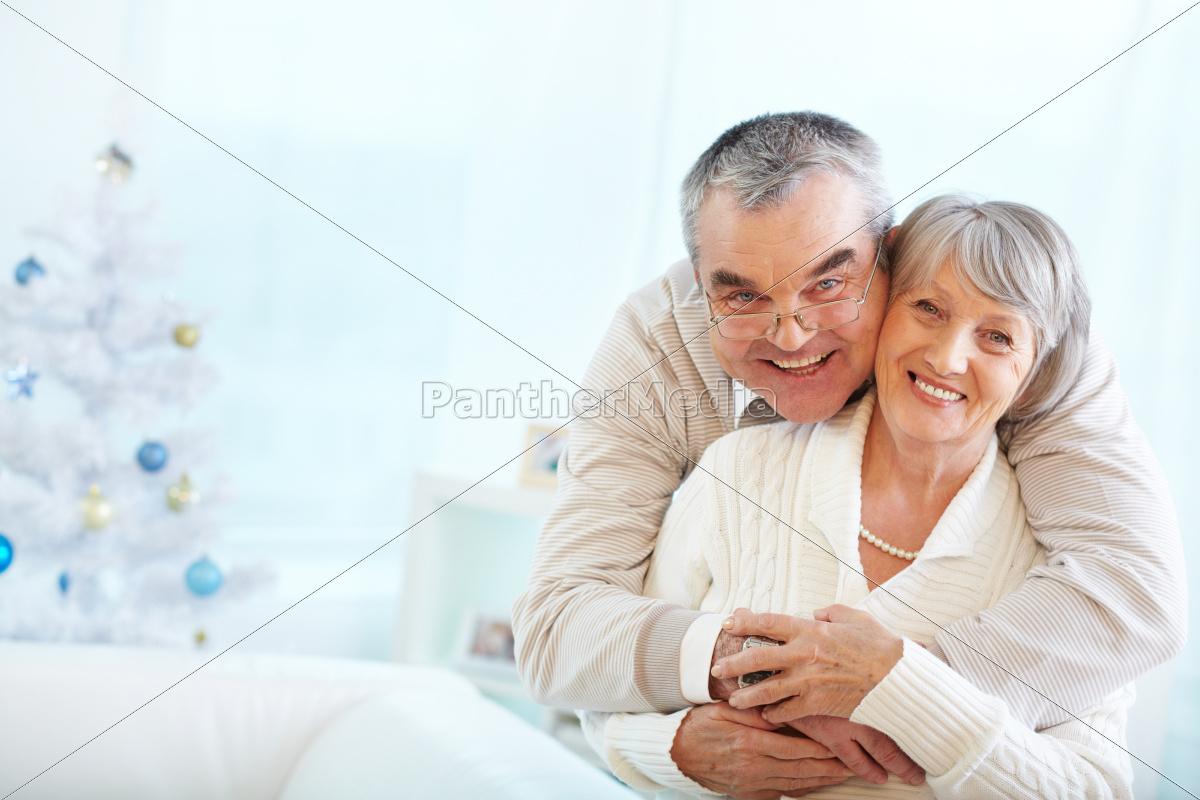 affectionate, seniors - 10153641
