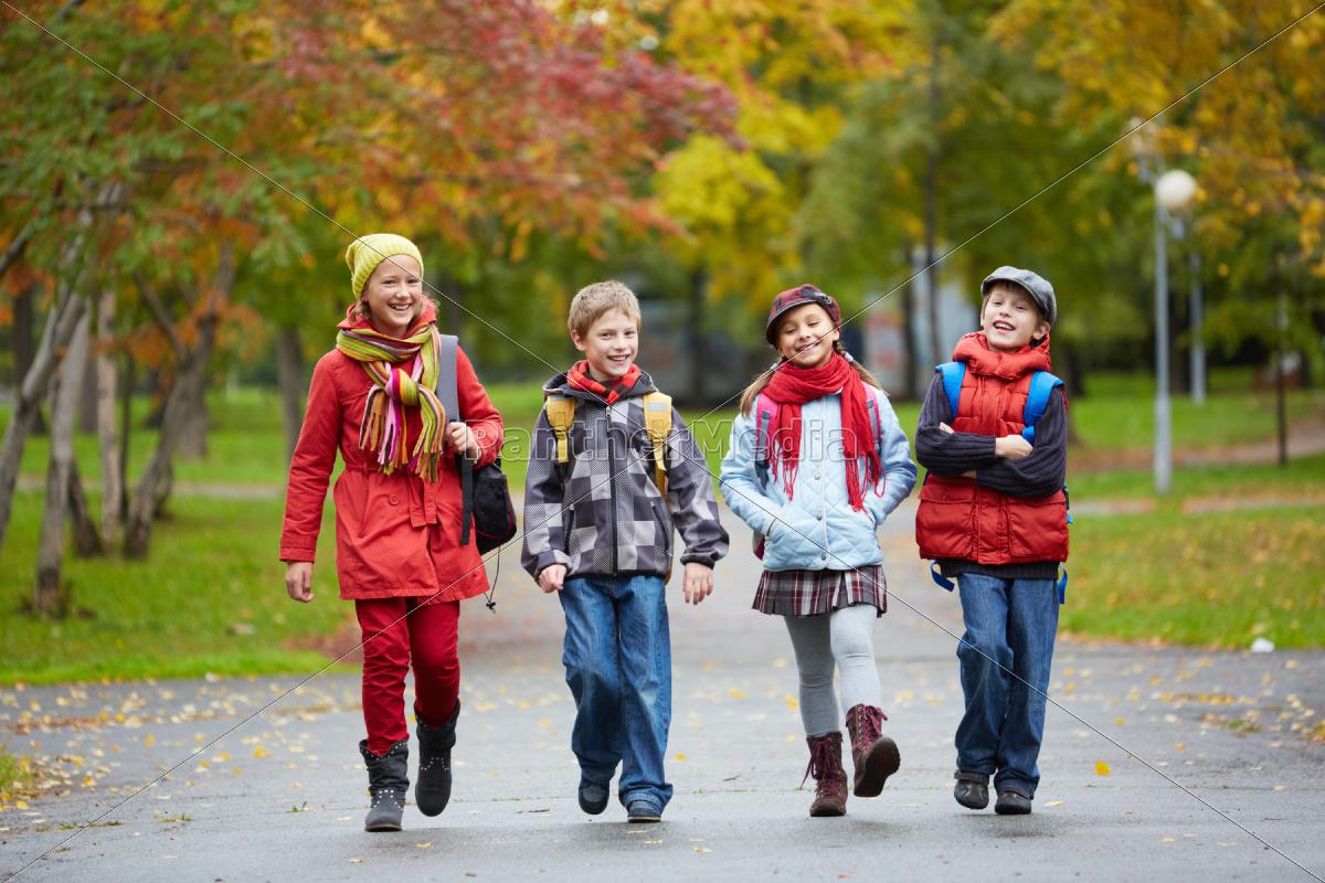 schoolchildren - 10153707