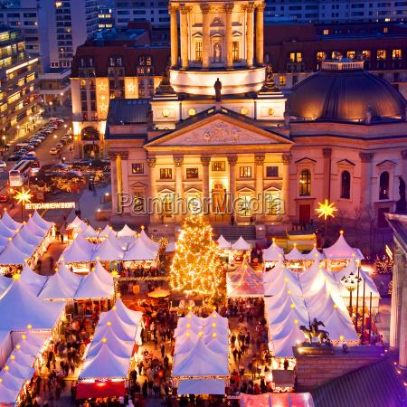 berlin, gendarmenmarkt - 10168065