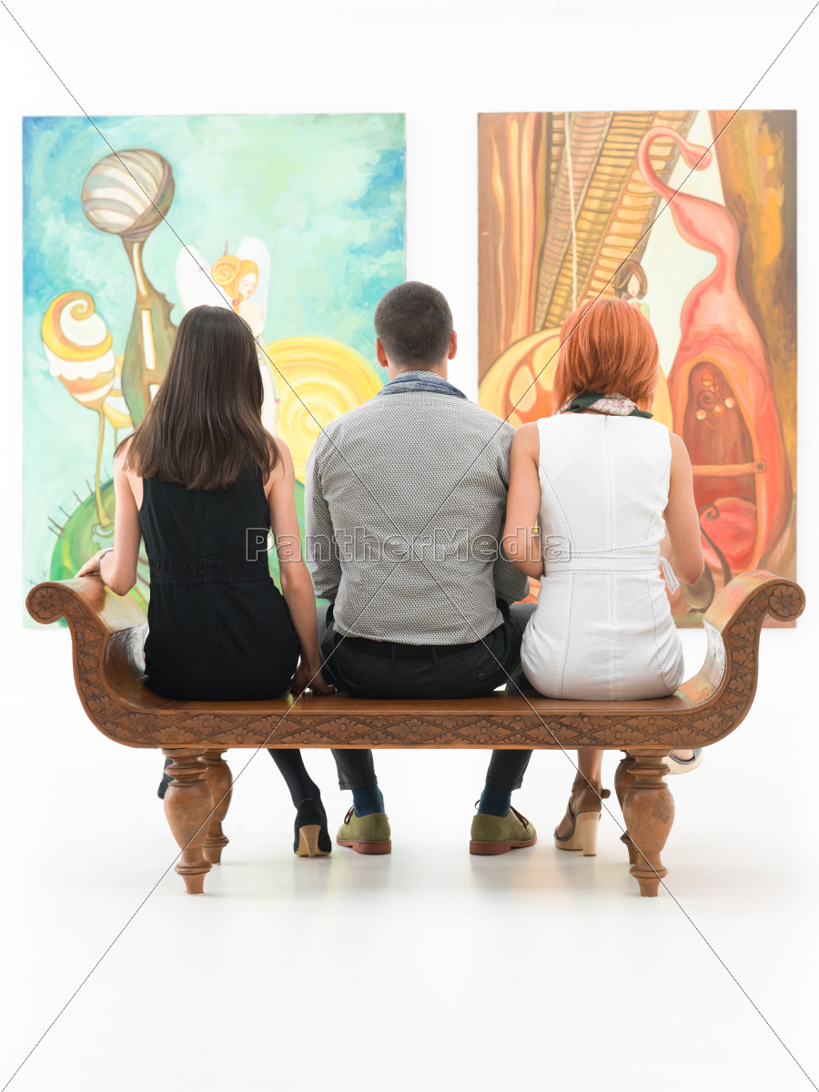 visit, at, a, contemporary, museum - 10186287