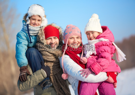 winter, family - 10227465