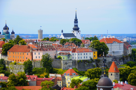 old, red, roofs, in, tallinn, estonia - 10257249