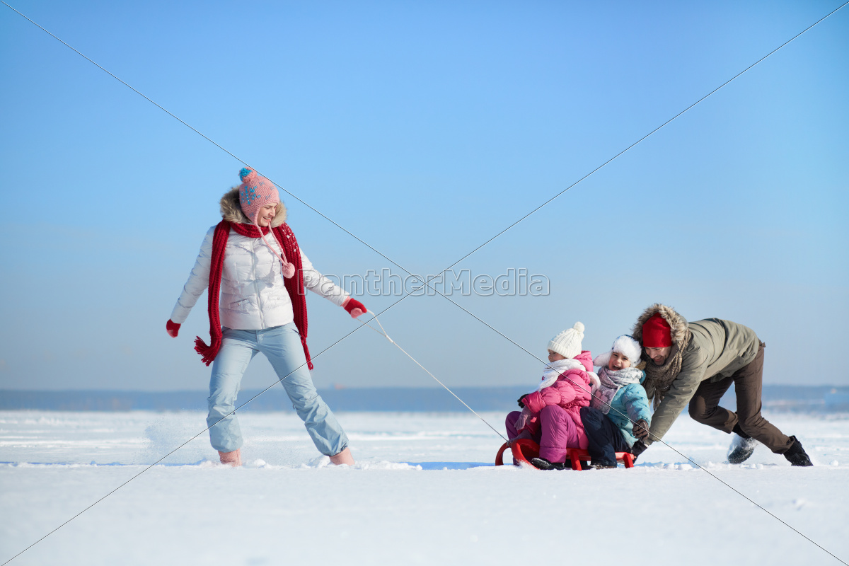 riding, on, sledge - 10279899