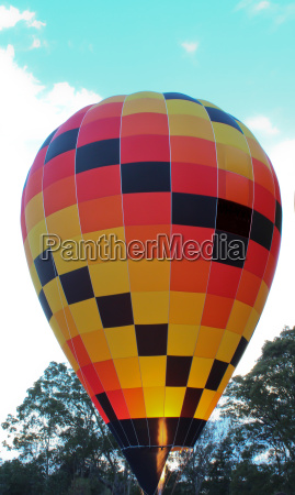 hot air balloon with flame prior