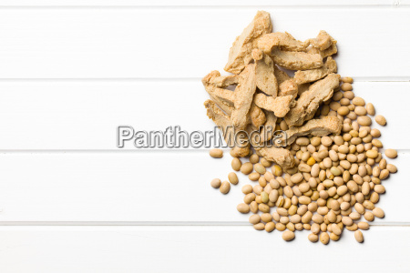 soy meat with soybeans