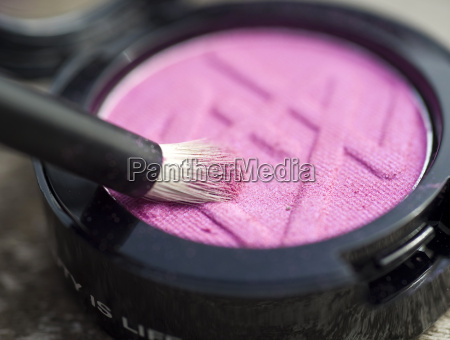 make up with brush close up
