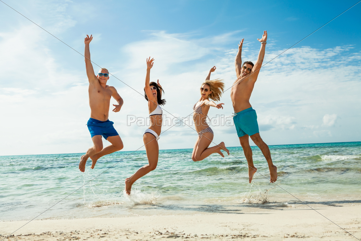 group, laughing, young, people, on, the - 10291593