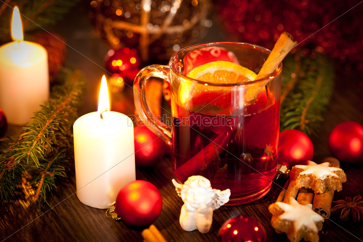 hot, aromatic, mulled, wine, punch, with - 10291525