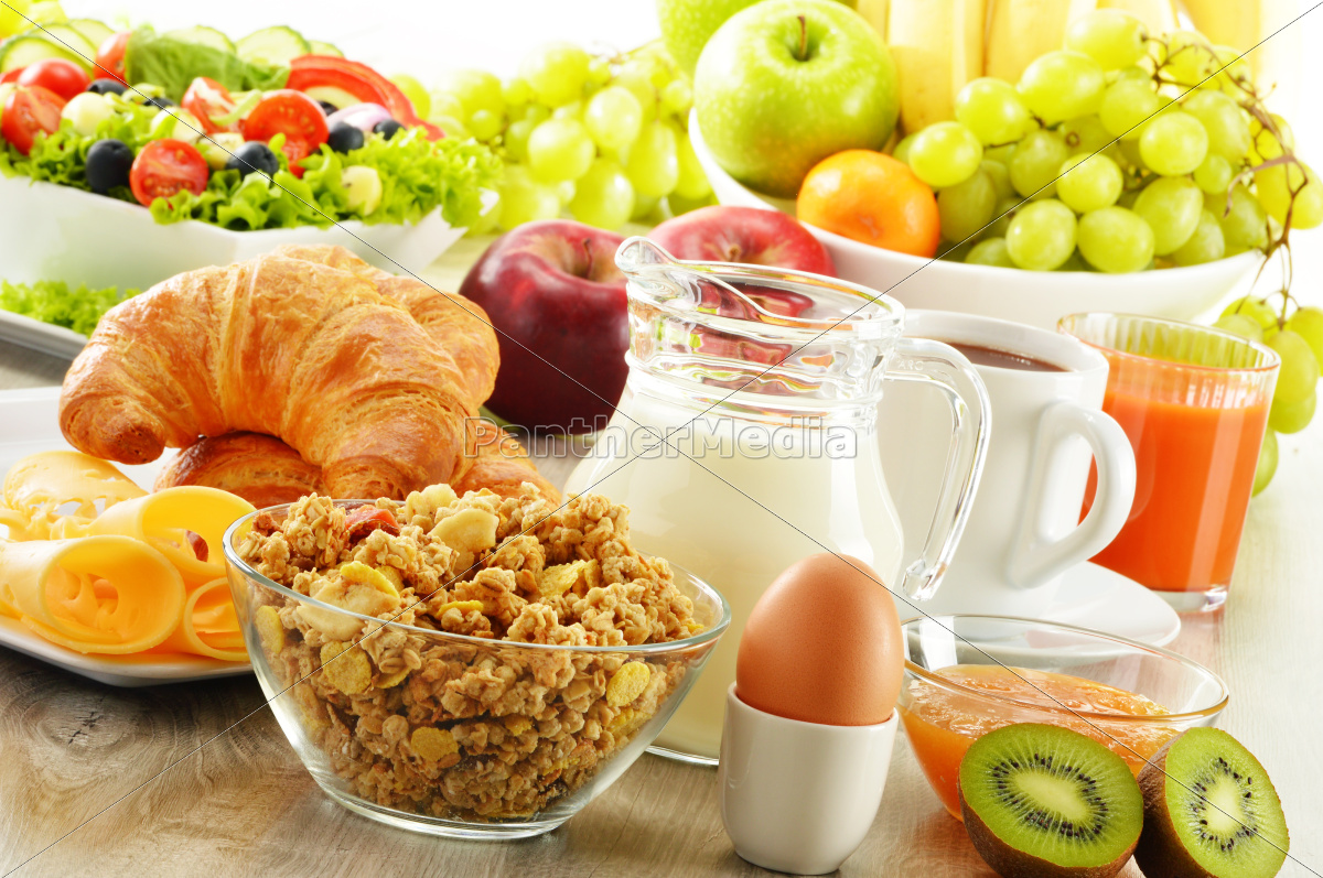 breakfast, with, coffee, , juice, , croissant, , salad, - 10299635