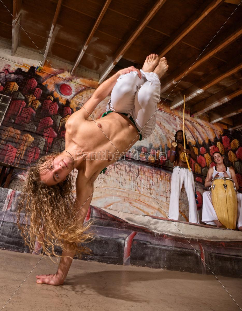 agile, capoeira, expert - 10301013
