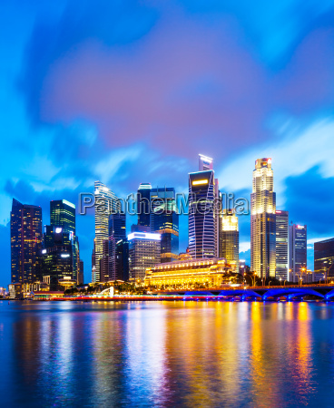 urban, cityscape, in, singapore, at, night - 10311423
