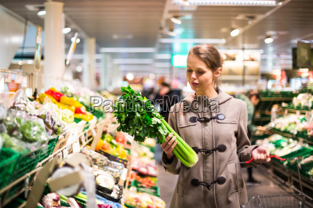 pretty, , young, woman, shopping, for, fruits - 10325397