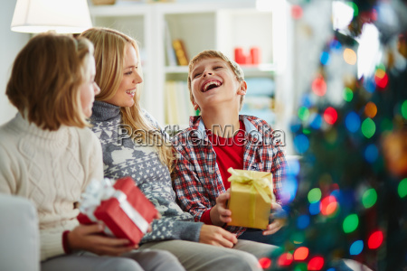 receiving, gifts - 10327357