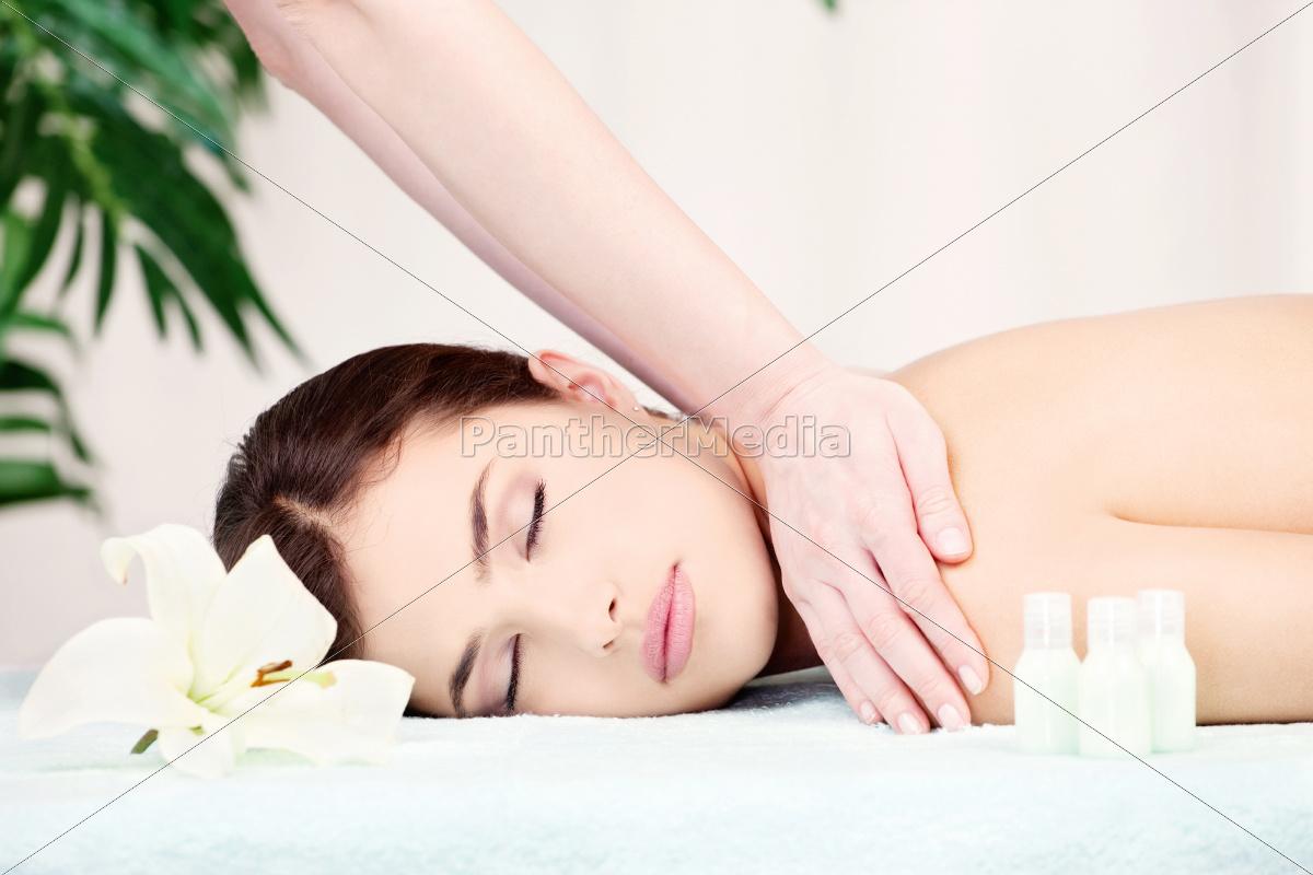 woman, on, shoulder, massage - 10419053