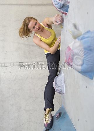 f25 indoor climber bouldering boulderwelt munich