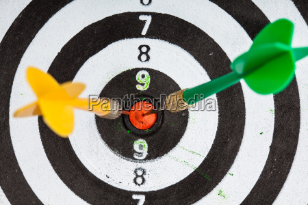 bullseye black and white target with