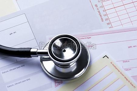ueberweisungsschein with stethoscope