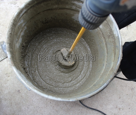 concrete mixing with electric drill