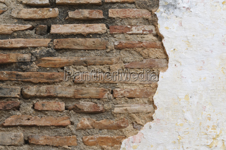 wall with textured