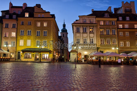 old town of warsaw in the