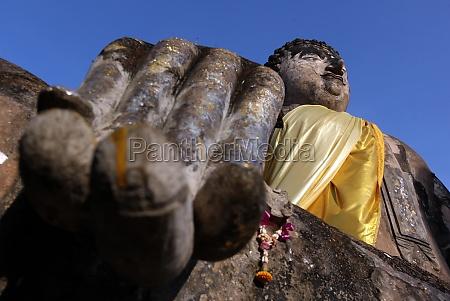 travel temple asia thailand tear