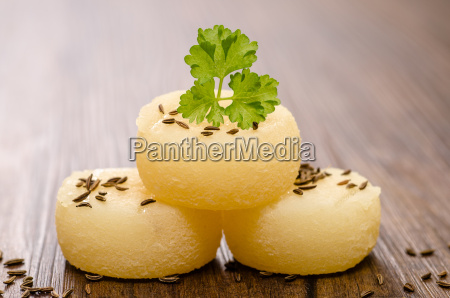 harz cheese with parsley