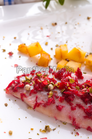 herring apple red prays