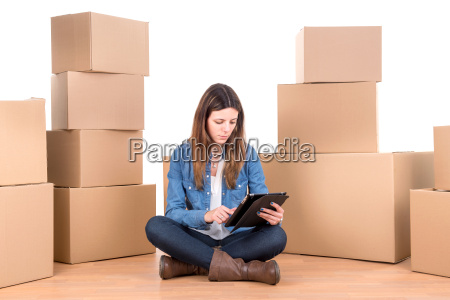 girl, with, boxes - 11154402