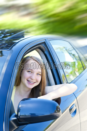 teenage girl learning to drive